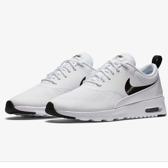 46fe439cf5929 Used Nike Air Max Thea size 7.5 women's.
